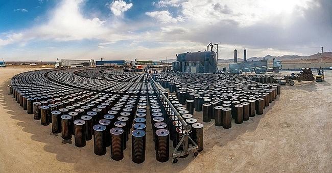 Giá dầu hôm nay 4/8 giảm do hoạt động sản xuất chậm lại