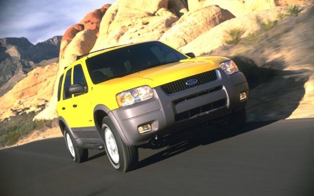 Ford triệu hồi gần 500.000 Escape
