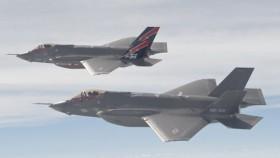 """""""Ông lão 60 tuổi"""" MiG-21 """"làm thịt"""" F-35C"""