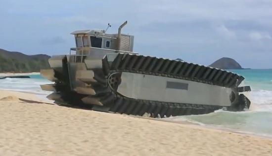 Xem tàu đổ bộ giống xe tăng của Mỹ chạy thử nghiệm