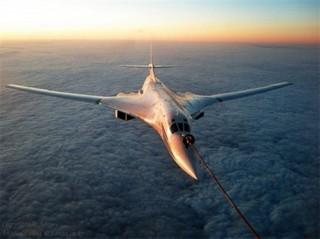 """Nga sẽ khôi phục sản xuất """"Thiên nga trắng"""" Tu-160"""