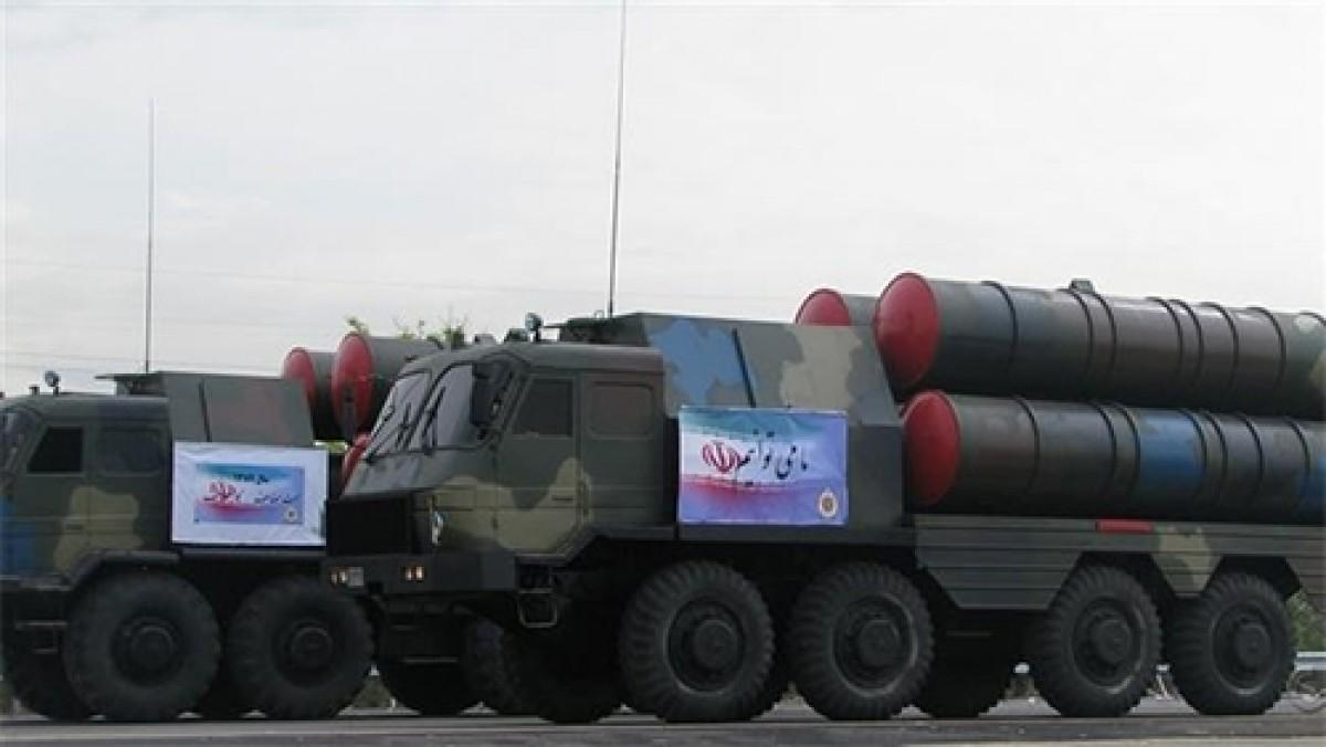 """Chờ S-300 từ Nga, Iran đưa vào trang bị """"S-300 nội địa"""""""