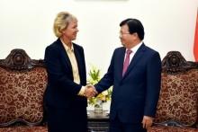 Phó Thủ tướng Trịnh Đình Dũng tiếp lãnh đạo Tập đoàn Siemens