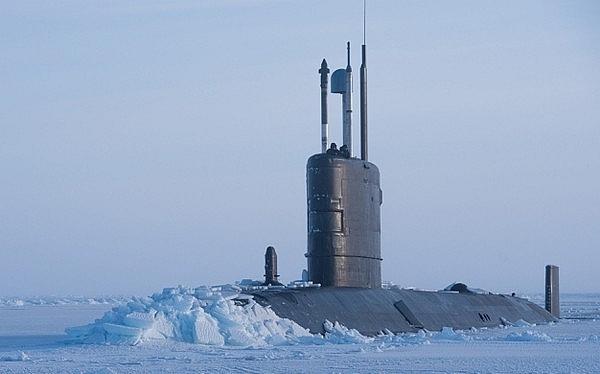 Tàu ngầm Anh mang tên lửa Tomahawk tới Bắc Cực