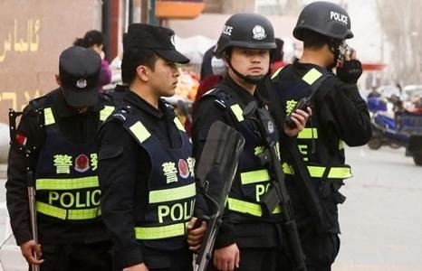 Hạ viện Mỹ thông qua dự luật trừng phạt Trung Quốc trên nhiều mặt trận