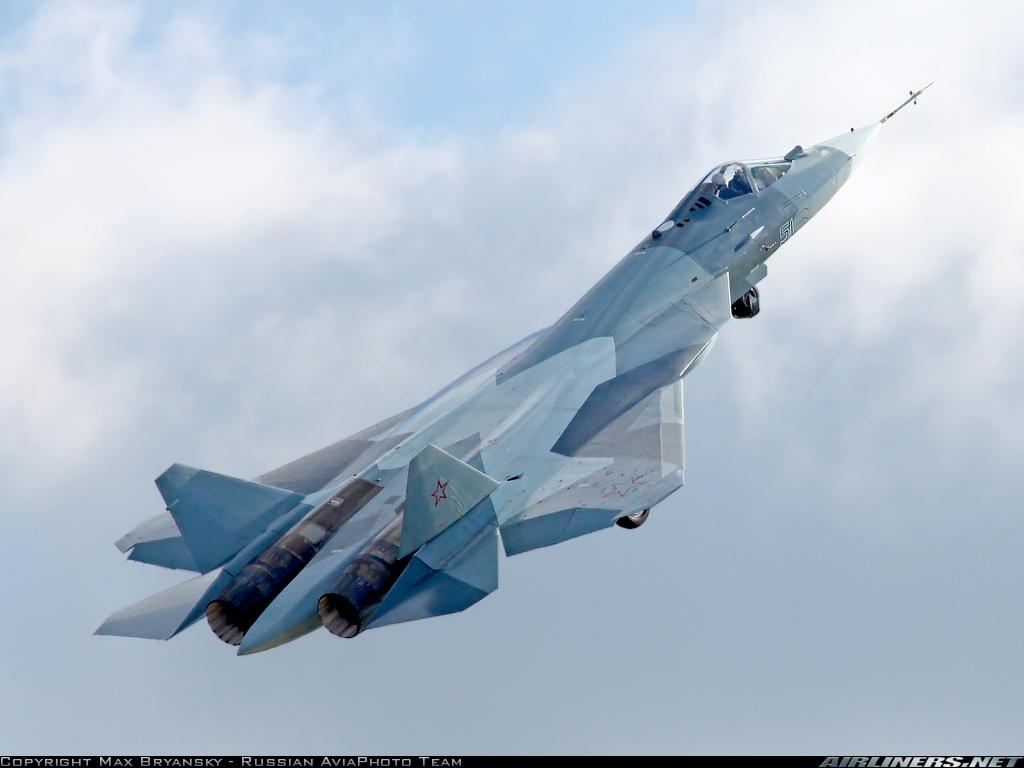 Siêu tiêm kích Sukhoi T-50 được thử nghiệm hệ thống radar mới