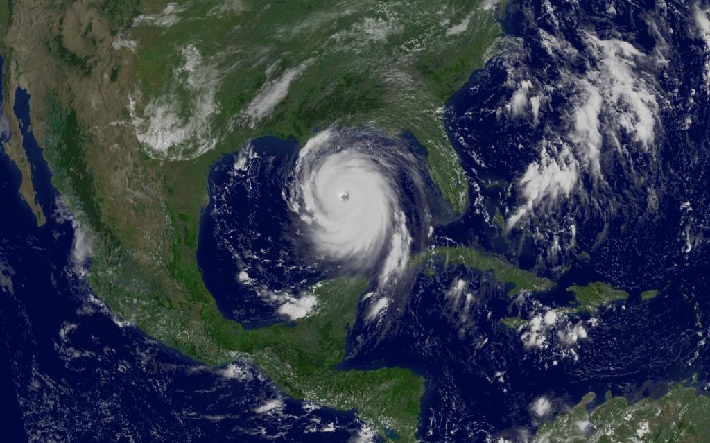 """Những """"siêu bão"""" khủng khiếp nhất trong lịch sử"""