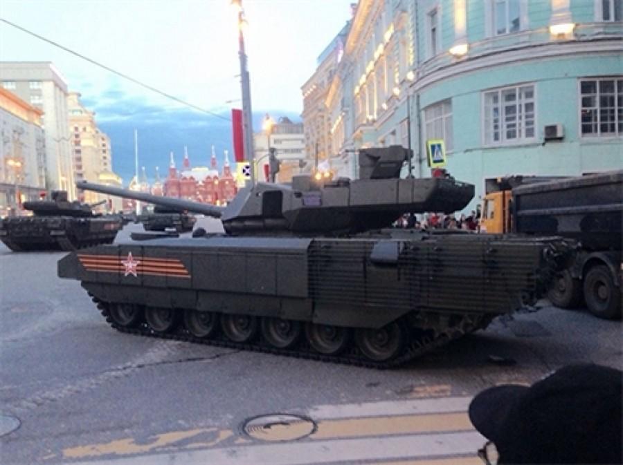 Uralvagonzavod sẽ giới thiệu xe thiết giáp mới tại RAE-2015