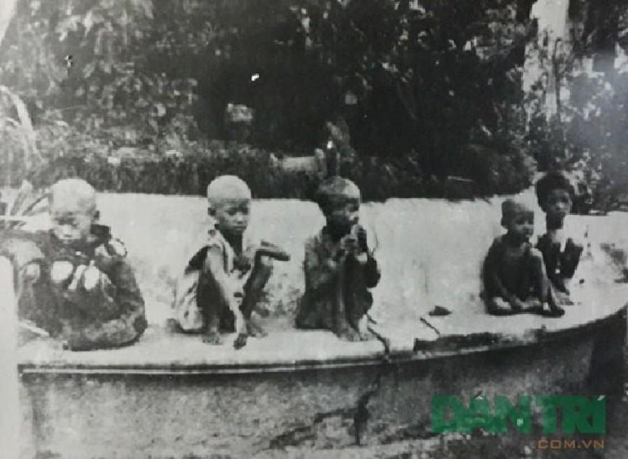 Những bức ảnh chưa công bố về nạn đói năm 1945 ở Việt Nam