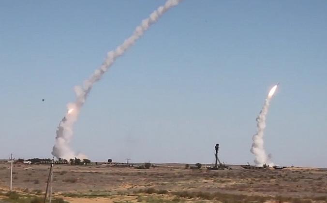 Nga phóng hơn 300 tên lửa trong cuộc tập trận quy mô lớn