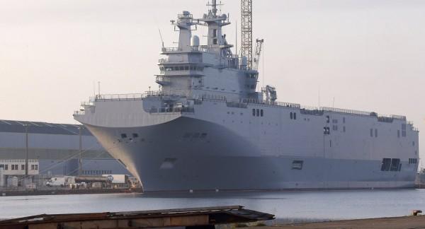 Pháp bí mật di dời tàu đổ bộ Mistral đóng cho Nga?