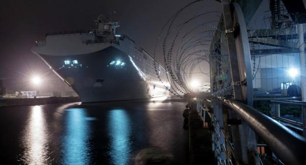 Nga sẽ không tháo dỡ các thiết bị trên tàu đổ bộ Mistral