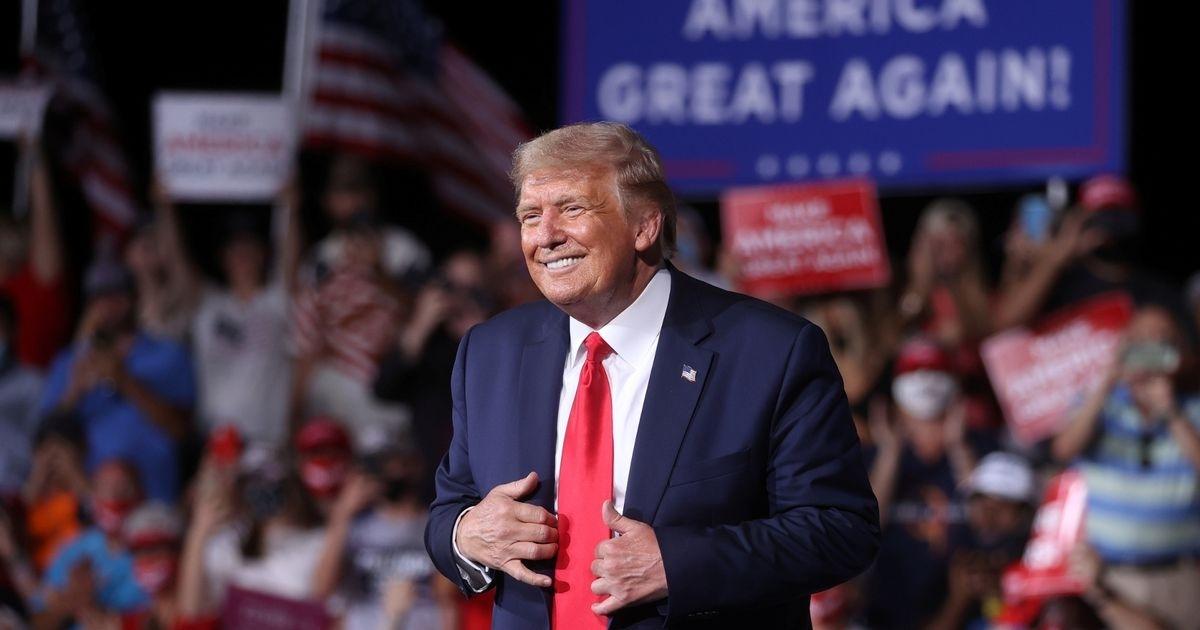 """Ông Trump: Được đề cử giải Nobel Hòa bình là """"điều tuyệt vời"""" cho nước Mỹ"""