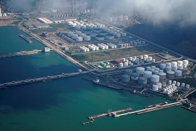 Trung Quốc lần đầu bán dầu từ kho dự trữ chiến lược