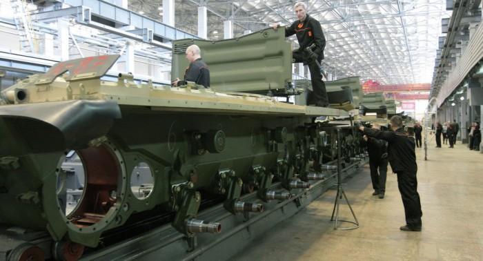 Tổng thống Putin: Nga đang độc lập hơn trong công nghiệp Quốc phòng