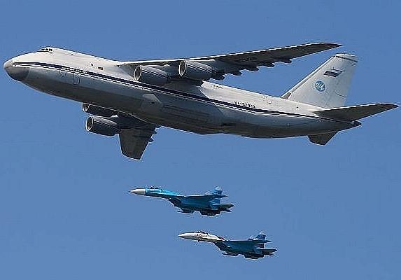 Máy bay vận tải lớn nhất thế giới đưa S-300 tới Syria