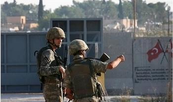 tho nhi ky phao kich can cu quan su my tai syria