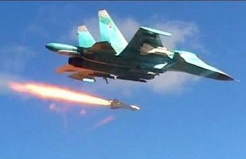 Không quân Nga bắn phá căn cứ của phiến quân Hay'at Tahrir Al-Sham ở Idlib