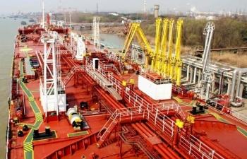 Nhập khẩu dầu của Trung Quốc bắt đầu giảm