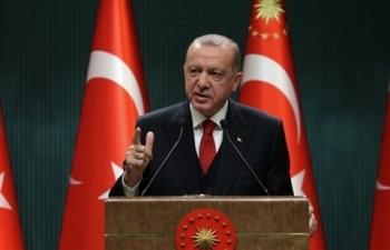 Tổng thống Thổ Nhĩ Kỳ đáp trả đe dọa của Mỹ về vụ thử S-400