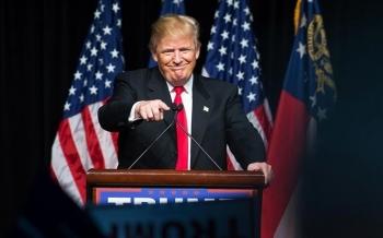 Tin tặc đánh sập trang web tranh cử của Tổng thống Mỹ