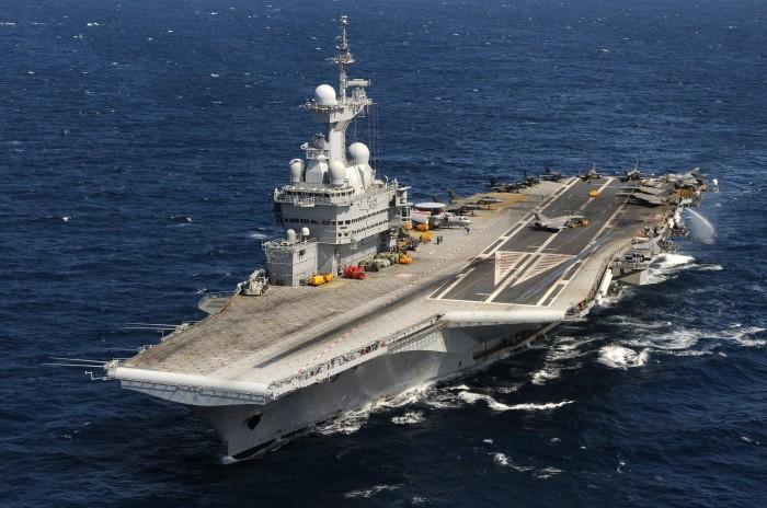 Pháp điều tàu sân bay Charles de Gaulle chống IS
