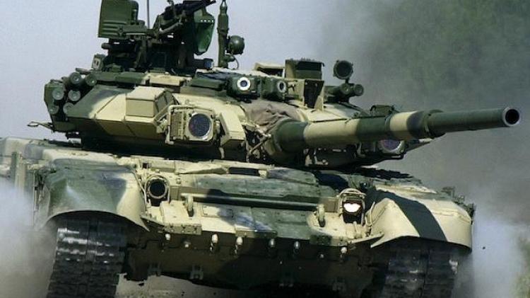 Ấn Độ mua gần 500 xe tăng chiến đấu T-90 của Nga