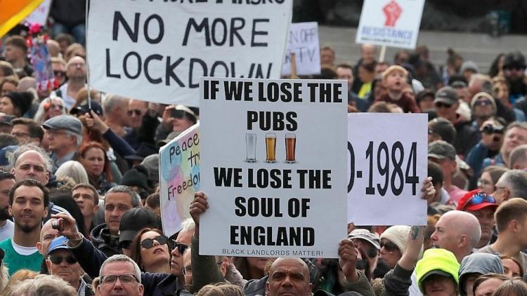 Dòng người biểu tình tại thủ đô London