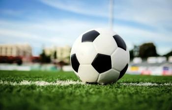 Kết quả bóng đá hôm nay 4/2: Liverpool thua sốc trên sân nhà