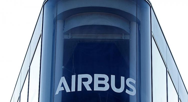 airbus sa thai 16 nhan vien vi cao buoc thu thap tai lieu mat