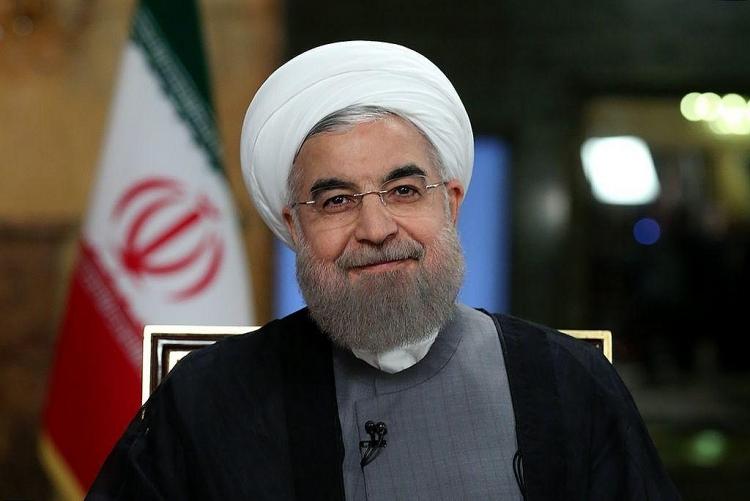 iran vay nga 5 ti usd de doi pho voi lenh trung phat tu my
