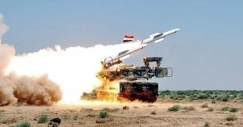 Phòng không Syria bắn hạ 2 UAV tấn công sân bay quân sự Hama