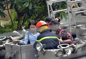 Giải cứu 11 người mắc kẹt trong vụ cháy ở trung tâm Sài Gòn