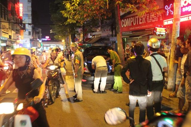 Nổ súng bắt tội phạm ma túy giữa trung tâm Sài Gòn