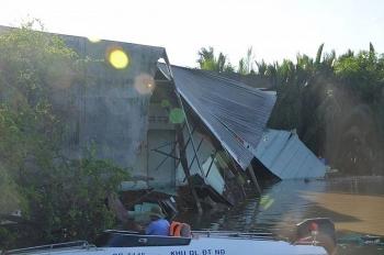 TP HCM: Hỗ trợ kịp thời cho các hộ dân bị sạt lở nhà