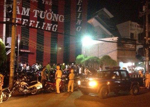 TP HCM: Cảnh sát bất ngờ đột kích bar Cảm Tưởng