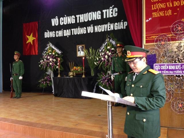 Các đơn vị Quân khu 7 mở cửa để người dân đến viếng Đại tướng
