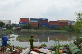 Một buổi sáng phát hiện 2 thi thể trên sông Sài Gòn