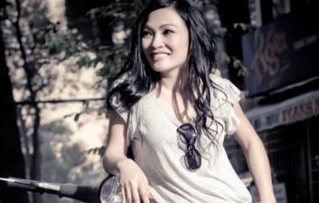 'Hit' cô đơn vận vào đời Phương Thanh