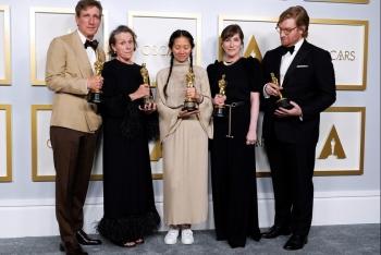'Nomadland' thắng đậm tại Oscar 2021