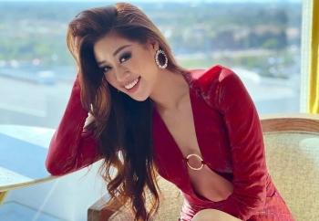 Hoa hậu Khánh Vân diện trang phục hở bạo tại Miss Universe 2021