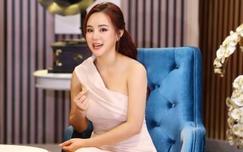"""Ca sĩ Vy Oanh """"quyết chiến"""" với doanh nhân Phương Hằng"""