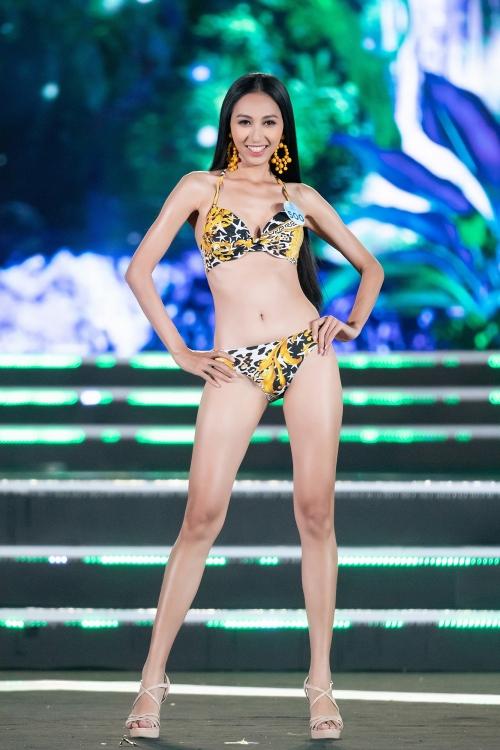 Miss World Vietnam 2019: Ngắm các người đẹp trong phần thi bikini