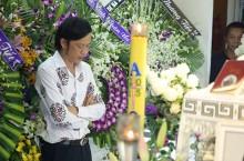 Giới nghệ sĩ nghẹn ngào tiễn biệt Minh Thuận