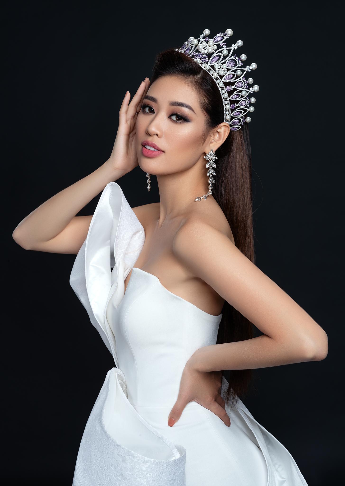 """Hoa hậu Khánh Vân: Hành trình từ Miss Universe Vietnam đến Top 20 """"Hoa hậu của các hoa hậu"""""""