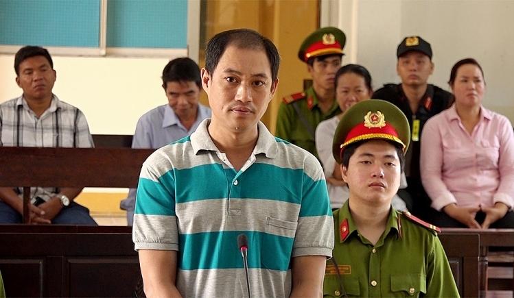 linh 5 nam tu vi loi dung mang xa hoi chong pha nha nuoc