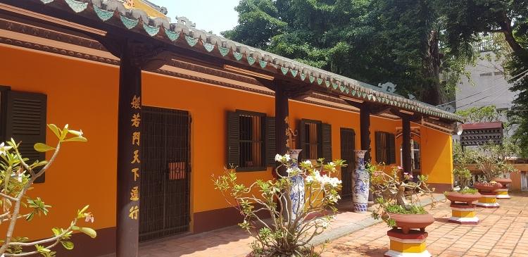 Độc đáo ngôi chùa cổ 300 năm giữa lòng Sài Gòn
