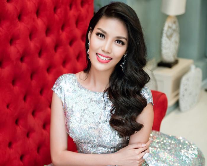 lan khue tung muon bo cuoc tai miss world 2015