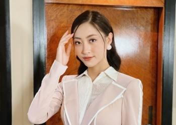 hoa hau luong thuy linh ban tieng anh dang cap tai miss world 2019