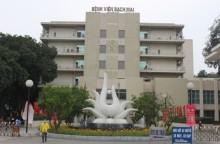 Bệnh viện Bạch Mai thông báo đóng cửa bãi gửi xe